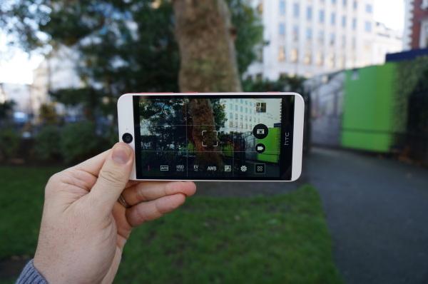 Задняя камера HTC Desire Eye